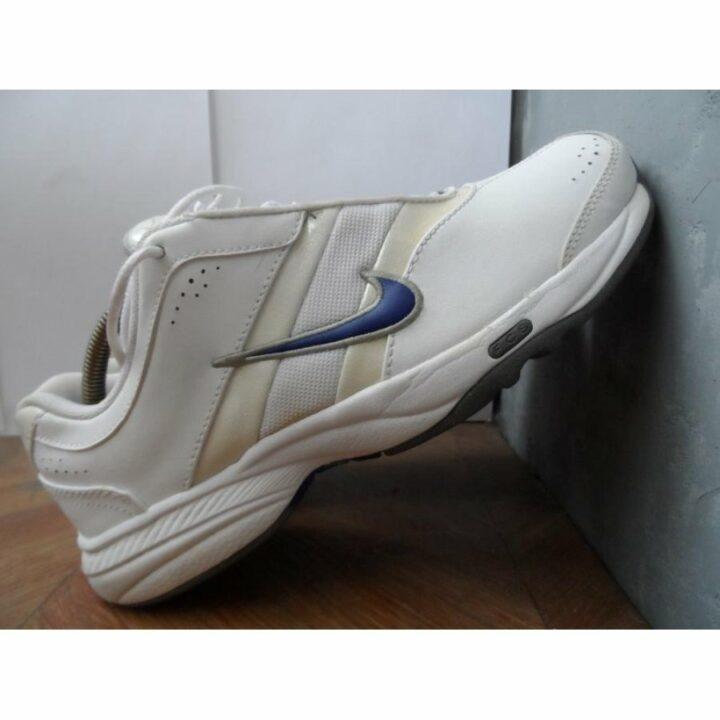 Nike Steady VII fehér női utcai cipő
