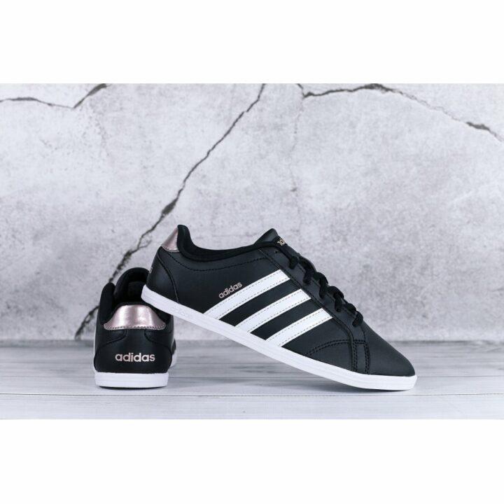 Adidas Coneo QT fekete női utcai cipő