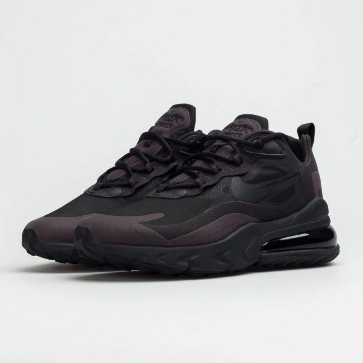 Nike Air Max 270 React fekete férfi utcai cipő