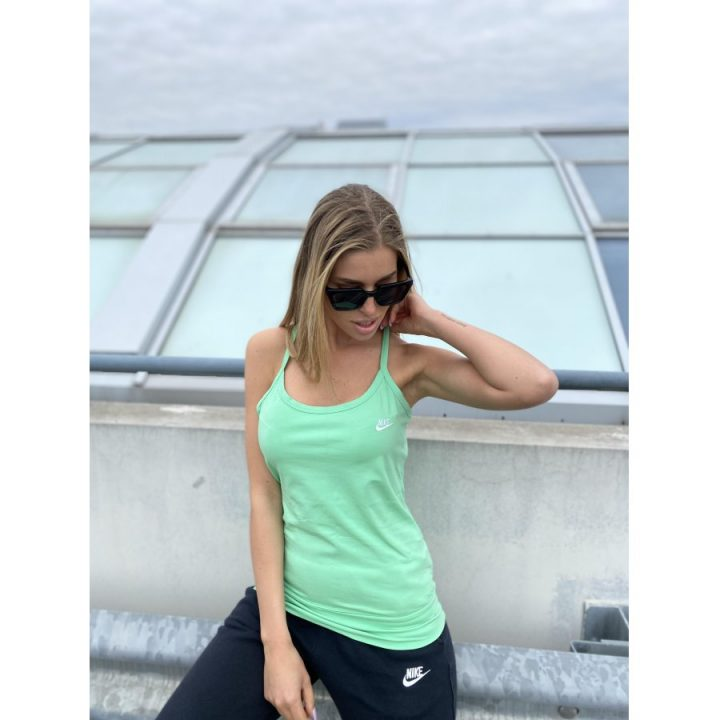 Nike zöld női trikó
