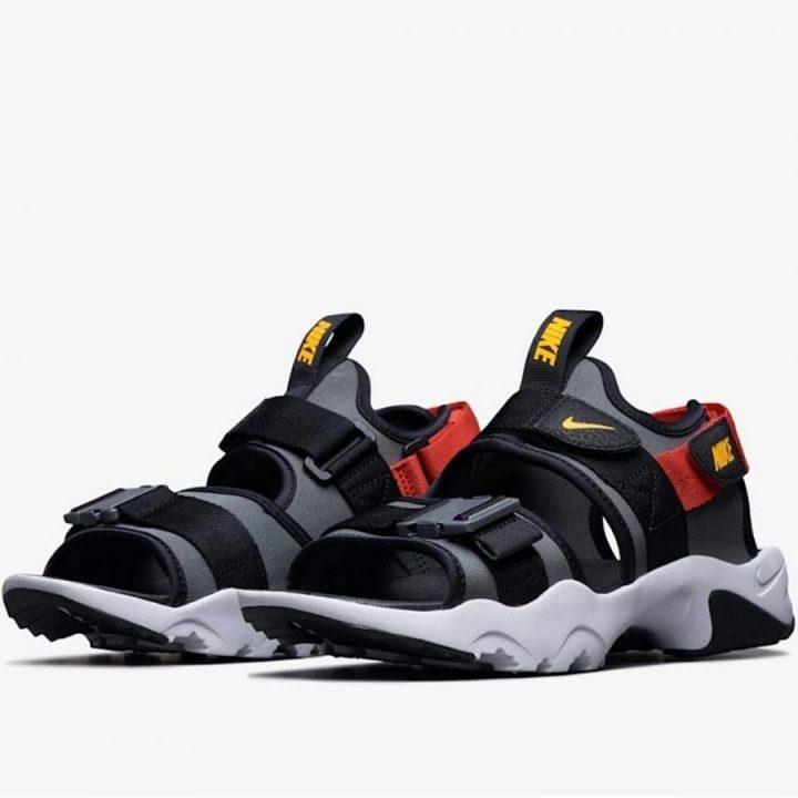 Nike Canyon Sandal fekete férfi utcai cipő