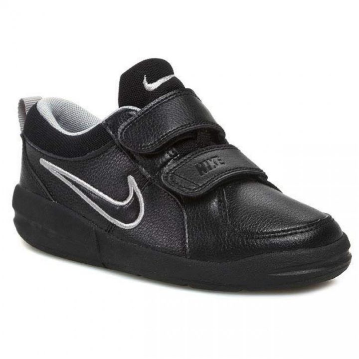 Nike Pico 4 fekete utcai cipő