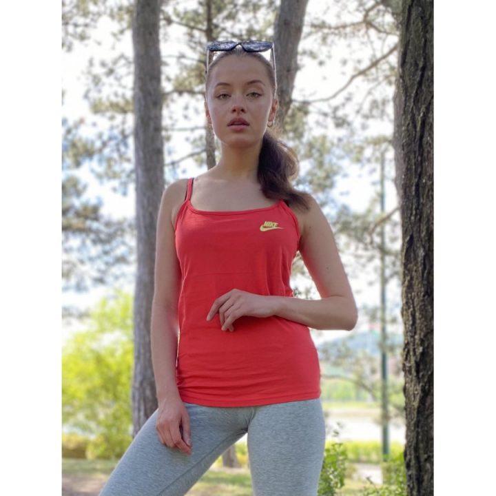 Nike piros női póló