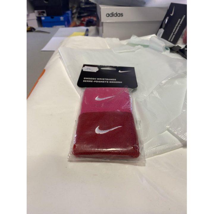 Nike 2 db több színű csuklószorító