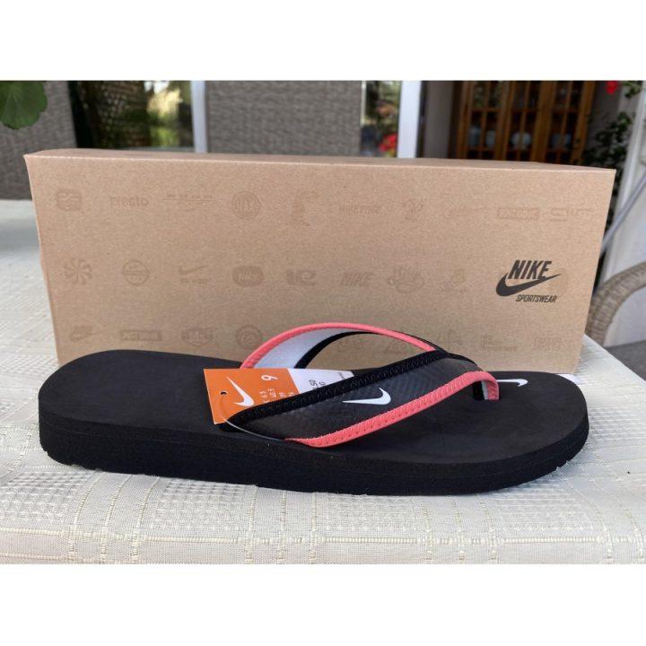 Nike Celso fekete női papucs