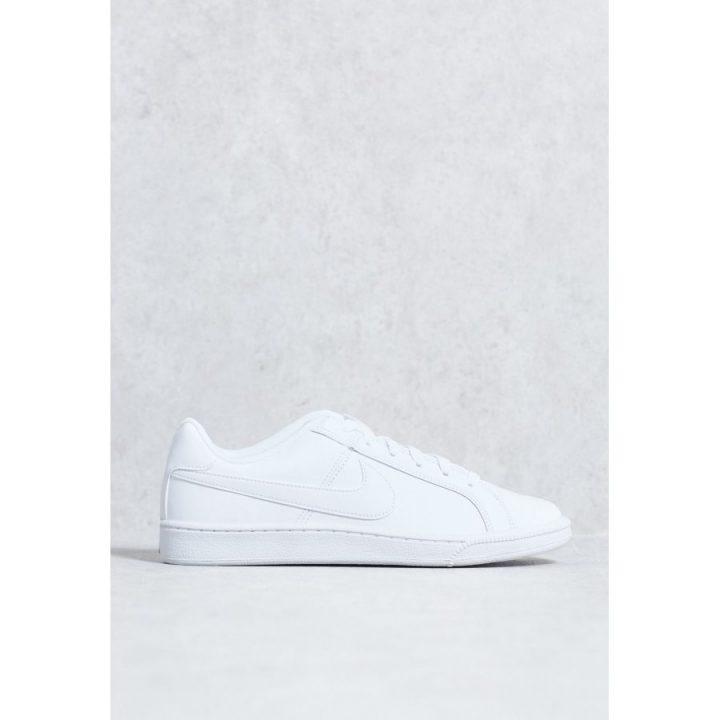 Nike Court Royale fehér utcai cipő