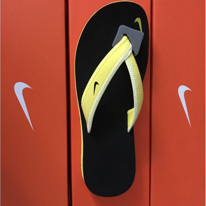 Nike fekete papucs
