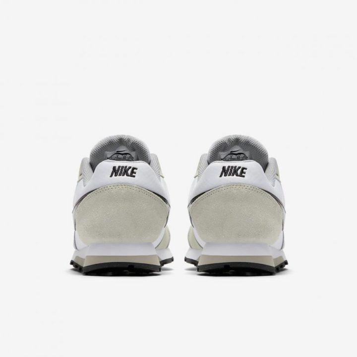 Nike MD Runner fehér utcai cipő