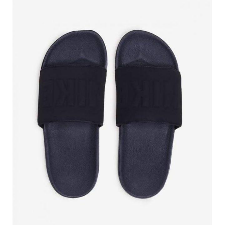 Nike Offcourt fekete papucs