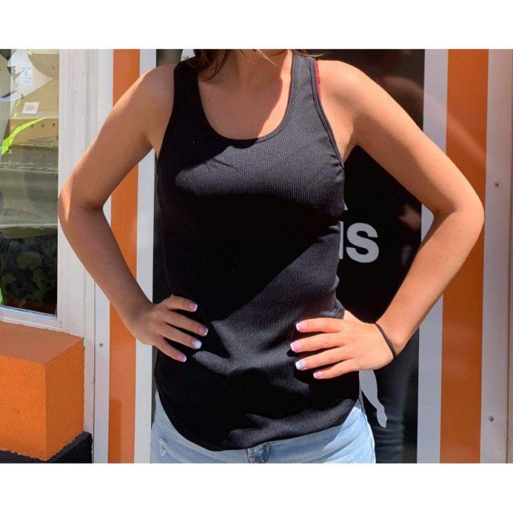 Under Armour fekete női trikó