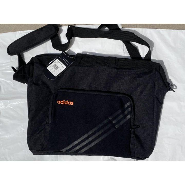 Adidas Linear TB Frame fekete sporttáska
