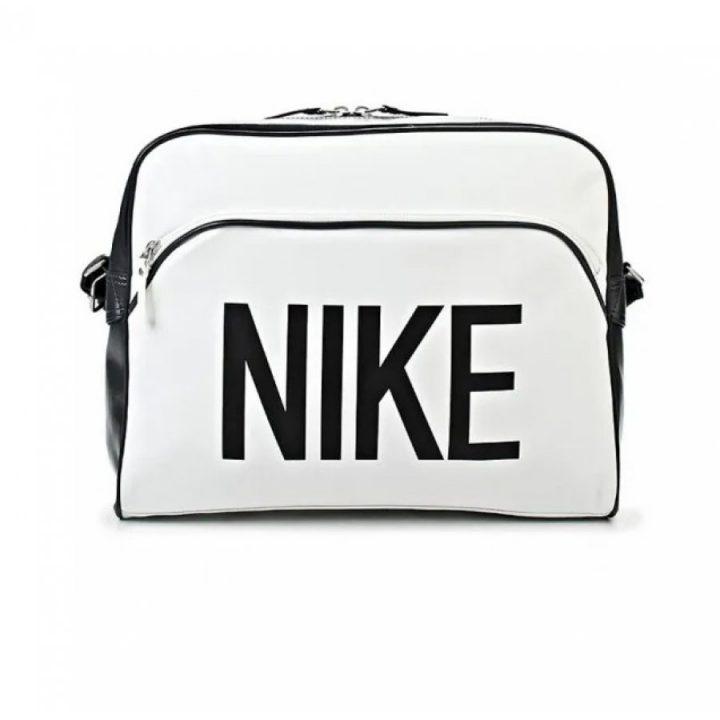 Nike Heritage fehér oldaltáska